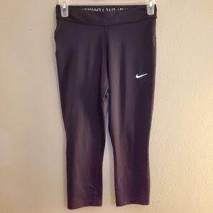 Nike Dri-Fit Black Capri Leggings Size XS